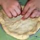 Egg-free bread machine pizza crust